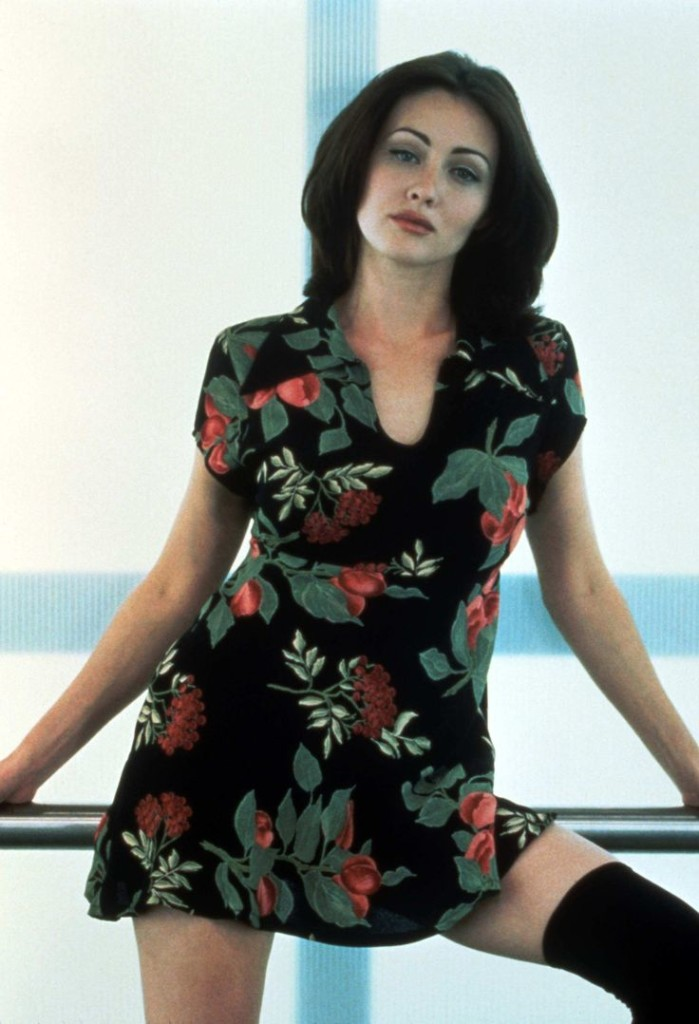 Top 10 Hottest Women Of The 90s   The Old Man Club
