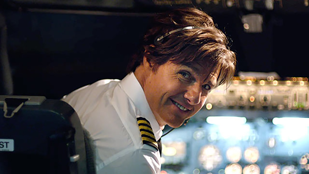 Tom Cruise Is Flying High On Cocaine In The New AMERICAN ... American Made