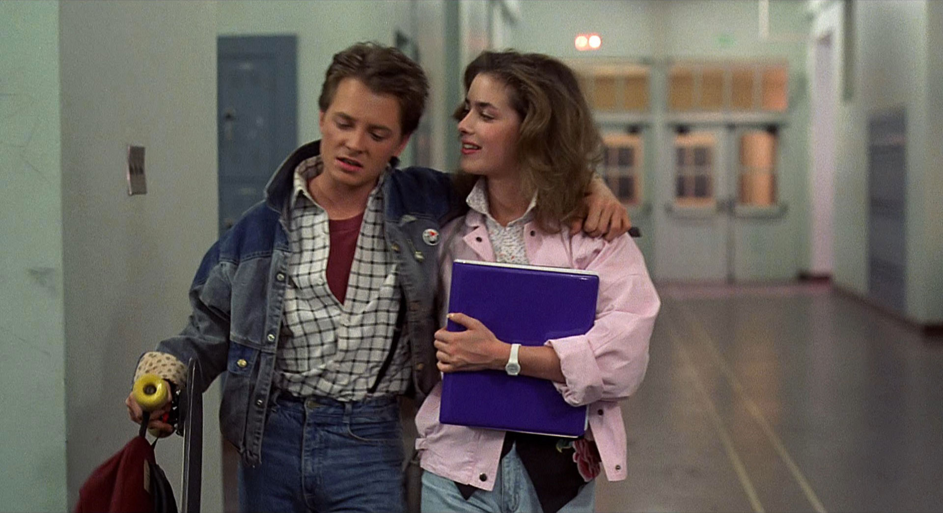 Claudia Wells (BACK TO THE FUTURE) Talks About Working With Michael J. Fox And Men's Clothing