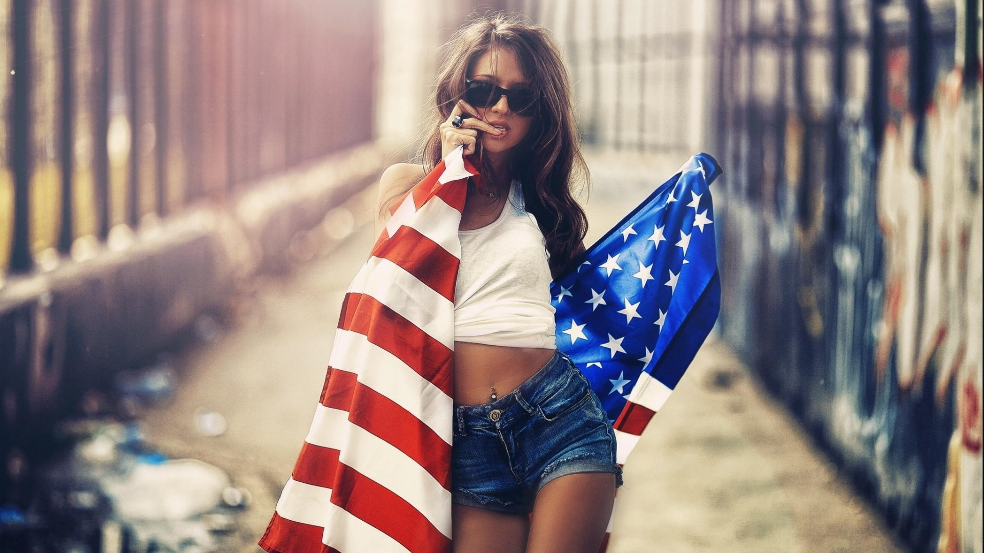 These Patriotic Girls Are Sexy And Keep America Beautiful