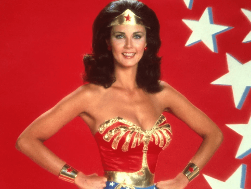 20 Sexy Photos Of Lynda Carter Dazzles Us With Her Womanly Wonder