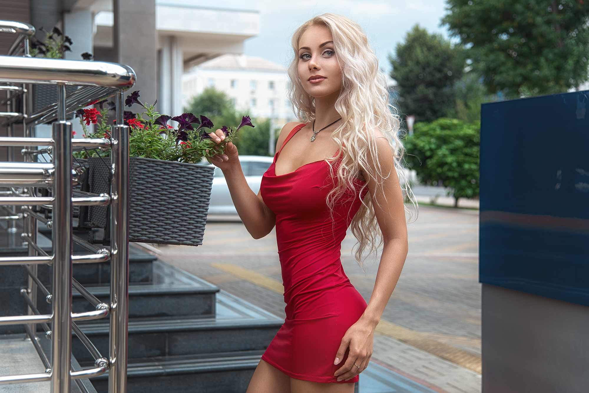 These Hot Chicks In Tight Dresses Will Make Your Temperature Rise